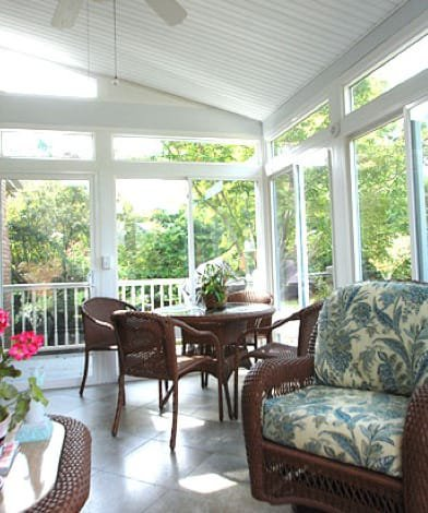 img_card_small_location_sunroom@2x.jpg